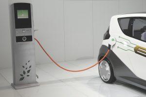 ¿Qué debo saber antes de contratar un seguro para coche eléctrico?