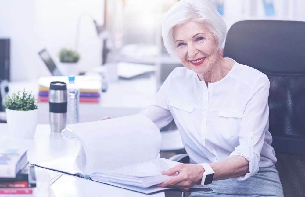 ¿Puedo cobrar la pensión de jubilación y seguir trabajando?