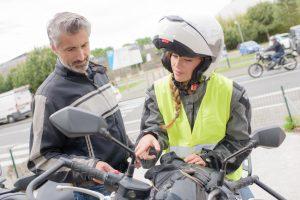 4 tipos de carnet de moto según potencia y edad de conducción