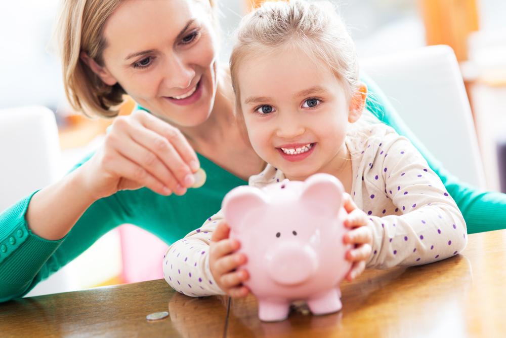 Ahorrar dinero en casa: ¿Qué pequeños gestos podemos hacer para ahorrar?